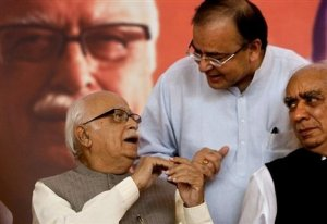 Advani, left, Arun Jaitley
